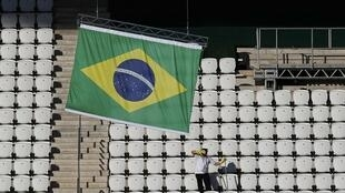 A Arena do Corinthians recebe os retoques finais, antes do ínicio da Copa do Mundo de 2014 neste 12 de junho de 2014.