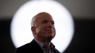 Thượng nghị sĩ Mỹ John McCain, tại bang Bắc Carolina, ngày 18/10/2008.
