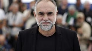 O cineasta brasileiro Karim Aïnouz apresenta seu filma na seleção Um Certo Olhar do Festival de Cannes