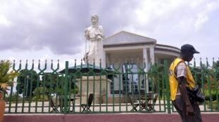 Une statue de l'explorateur Pierre Savorgnan de Brazza à Brazzaville.