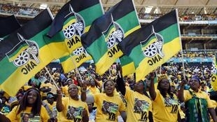 Supporters of South Africa's President Jacob Zuma's ruling African National Congress (ANC), Soweto, 4 May 2014.