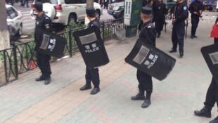 Trung Quốc tăng cường trấn áp, kiểm soát chặt chẽ thông tin - REUTERS /Cao Zhiheng