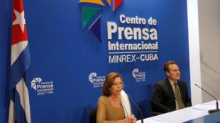 Coletiva de imprensa com Josefina Vidal, diretora da chancelaria cubana e Gustavo Machín, subdiretor para os EUA do Ministério das Relações Exteriores de Cuba, durante anúncio da decisão da revogão de vistos automáticos para cubanos.