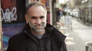 O diretor cearense Karim Aïnouz defendeu o governo