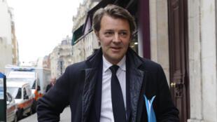 François Baroin, à son arrivée au bureau politique des Républicains, mardi 2 mai 2017.