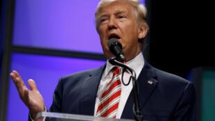 """O republicano Donald Trump """"é hoje o presidente-eleito da maior potência mundial. Só que não será fácil governar, mesmo com maioria republicana no Congresso."""""""