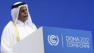 O presidente da COP 18, Hamad Al-Attiyah, do Catar, foi alvo de críticas ao terminar a Conferência sem ouvir reivindicações das delegações.