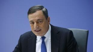 Mario Draghi, président de la Banque centrale européenne, lors de la conférence de presse donnée au siège de la BCE à Francfort, le 3 decembre 2015.