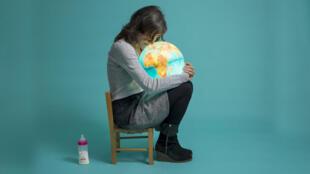 برخی از زوجها بخصوص در اروپا زوجها به انگیزه حفظ محیط زیست، نجات کره زمین از نابودی و کمک به بقای نوع بشر تصمیم میگیرند که صاحب فرزند شوند.