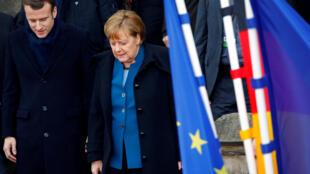 Эмманюэль Макрон и Ангела Меркель в Ахене подписали договор о расширении сотрудничества в дополнение к действующему с 1963 года Елисейскому договору