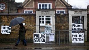 Oficina de voto en Londres, este 12 de diciembre de 2019.