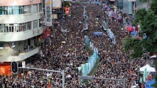Nửa triệu người biểu tình đòi dân chủ, Hồng Kông, 01/07/2019.