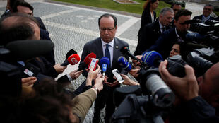 French President Francois Hollande talks to the press during Lisbon Summit of southern European Union Countries at Belem Cultural Centre in Lisbon, Portugal, January 28, 2017.