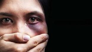 Во Франции встречаются случаи, «когдаесть три, пять заявлений отженщины, ипри этом нет никаких мер» в отношении агрессора».