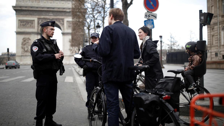 法國確診近萬人 國會就衛生緊急狀態法投票
