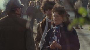 «Plogoff, des pierres contre des fusils»: les femmes sont à la pointe du combat contre la centrale nucléaire, février 1980.