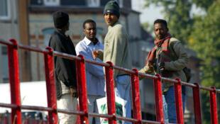Des réfugiés soudanais, près du port de Calais. (Photo d'illustration).