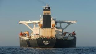 Иранский нефтяной танкер у берегов Гибралтара, 15 августа 2019.