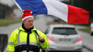 """""""Coletes Amarelos"""" manifestam neste sábado 15 de Dezembro."""