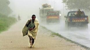Chuvadas e fortes ventos atingem de novo o centro de Moçambique (imagem de arquivo)