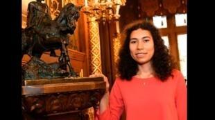 A jovem Mathilde Edey Gamassou foi escolhida para representar Joana d'Arc este ano na França.