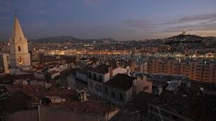 Vista do antigo porto de Marselha, que abrigará as festividades iniciais do ano cultural na cidade