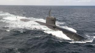 L'un des 4 sous-marins nucléaires lanceur d'engins (SNLE) de la force océanique stratégique (FOST).