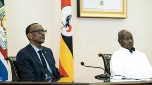 Marais wa Rwanda na Uganda, Paul Kagame na Yoweri Museveni, mwaka 2018 huko Entebbbe, Uganda.