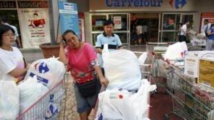 曼谷一家家樂福超市(2011年1月22日)