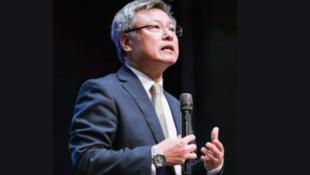 圖為香港大學劉寧榮教授