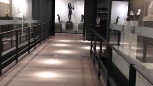 Exposições itinerantes no novo museu instalado no Aeroporto Charles de Gaulle.