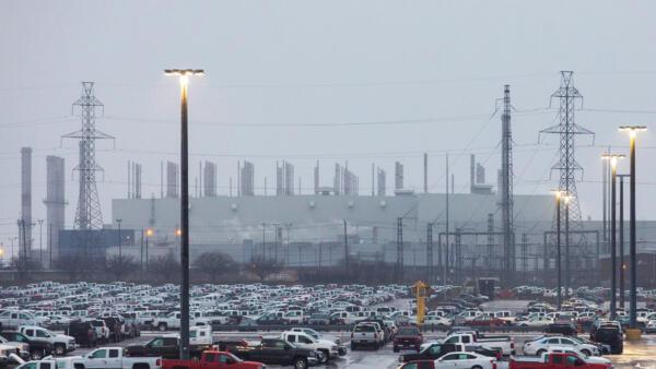 Fábrica da GM em Oshawa, no Canadá, é uma das que devem ser fechadas.