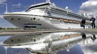 至尊公主号The Grand Princess belongs to Princess Cruises, the same company which operated the coronavirus-stricken ship held off Japan last month on which more than 700 people on board tested positive