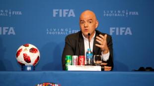 O presidente da FIFA, Gianni Infantino, durante uma conferência de imprensa em Doha, no Qatar , em 2018.