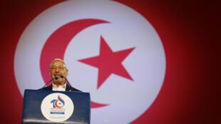 Rached Ghannouchi, le leader du mouvement islamiste Ennahda lors de son discours pendant un congrès du parti, le 20 mai 2016.