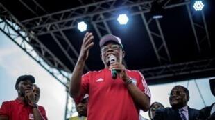 Dan takara a zaben shugabancin Kamaru na jam'iyyar adawa ta MRC, Maurice Kamto.