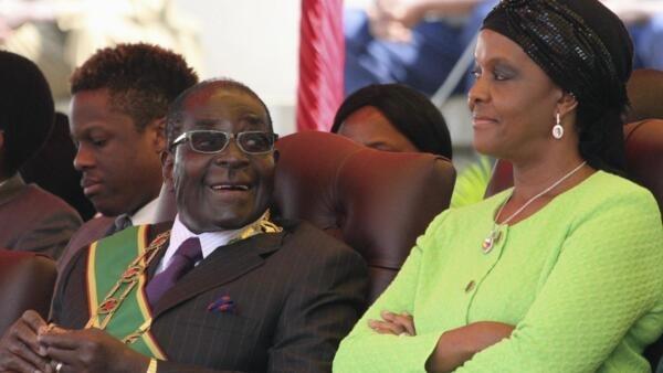 Robert and Grace Mugabe at a rally in Harare