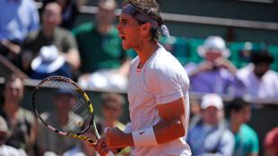 Rafael Nadal vence Djokovic em duelo emocionante e vai disputar seu oitavo título no saibro de Paris