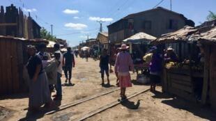 Vue d'un quartier défavorisé d'Antananarivo, capitale de Madagascar.