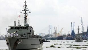 Chiến hạm Úc HMAS Yarra, ghé cảng Sài Gòn ngày 10/10/2011 nhân một chuyến thăm hữu nghị.
