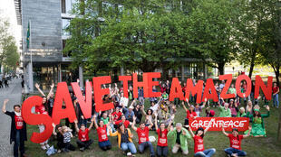 Segundo Gesche Jürgens, do Greenpeace – ONG ambientalista que organizou o evento -, houve protestos também em Viena, Oslo e Bruxelas.
