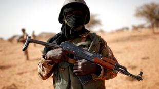 FILE PHOTO: A Malian soldier near Tin Hama, Mali, October 20, 2017.