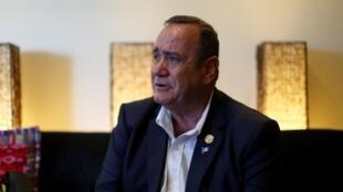 Le nouveau président élu du Guatemala Alejandro Giammattei, lors d'une interview accordée à Reuters à Guatemala, le 11 août 2019.