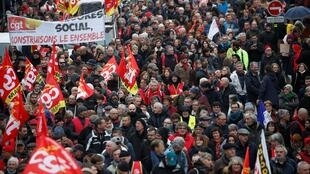 Các nghiệp đoàn kêu gọi tổng đình công vào ngày thứ Ba 17/12 để chống dự án cải tổ chế độ hưu trí.