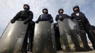 Segurança reforçada na região de Cannes conta com 12 mil policiais.