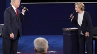 Donald Trump na Republican da Hillary Clinton ta Democrat sun yi muhawara karo uku