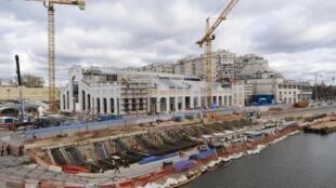 Une centrale électrique désaffectée transformée en centre d'art contemporain : c'est l'énorme chantier en plein cœur de Moscou.