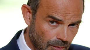 Està consumado o divórcio entre o Primeiro-Ministro Edouard Philippe e o seu antigo partido, os Republicanos.