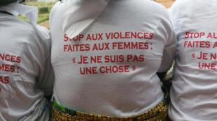 A Bangui, le 25 novembre 2013, des femmes manifestent contre les violences dont elles sont victimes.