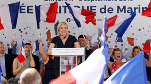 Marine Le Pen addresses the rally at Brachay, 3 September 2016